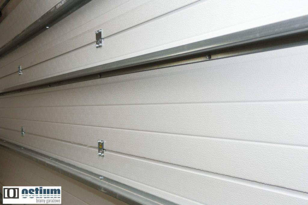 Bezpieczna brama garażowa, czym kierować się przy wyborze bramy garażowej?