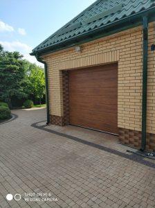 nowoczesne bramy segmentowe garażowe